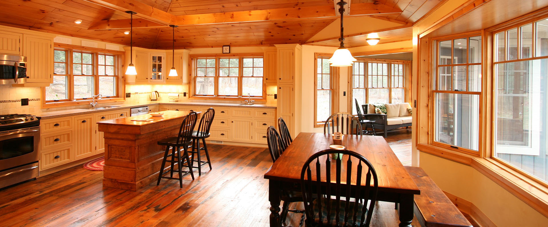 architect designed cottage - lake of bays muskoka - kitchen eating