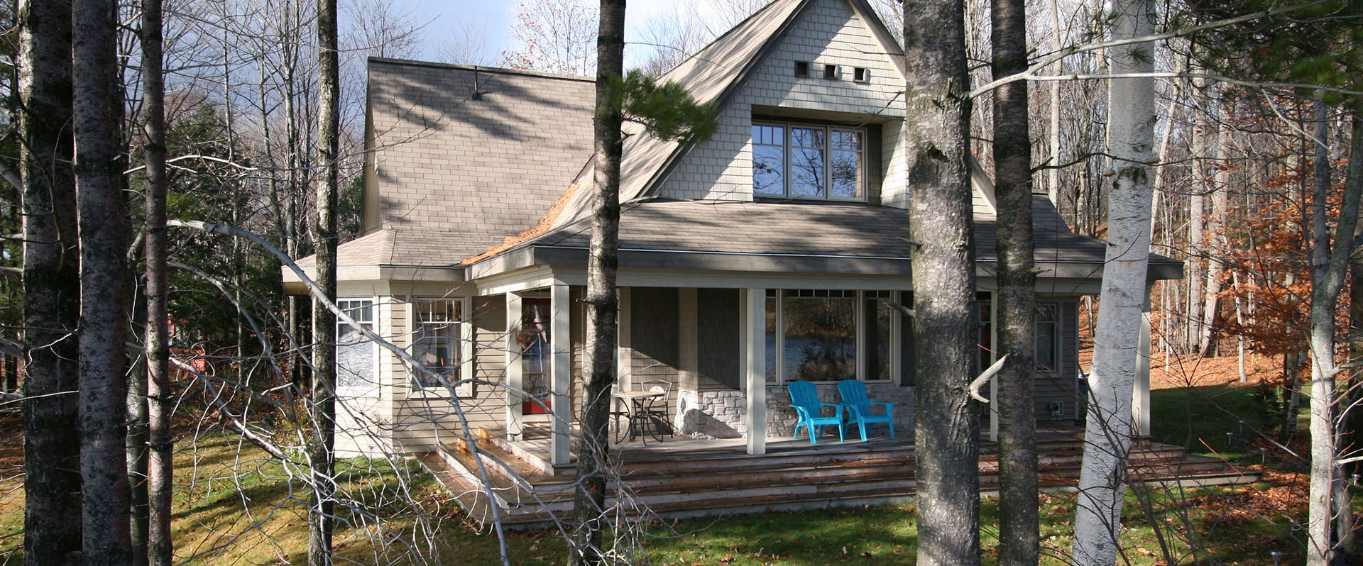 architect designed retirement home - muskoka - overlooking lake